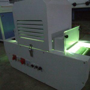 加装uv光固机_厂家批发零售丝印uv固化机印后加装uv光固机