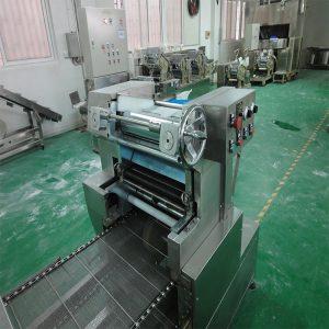 热风循环固化炉_工业隧道炉热风循环固化炉高温隧道炉